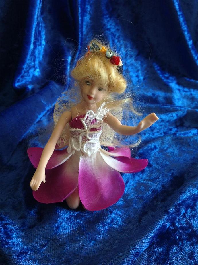 FAIRY JOAN IN PINK DRESS  350-007