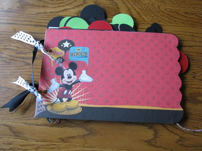 A Mickey and Friends Mini Memories Scrapbooking or Autograph Album-Ready for all