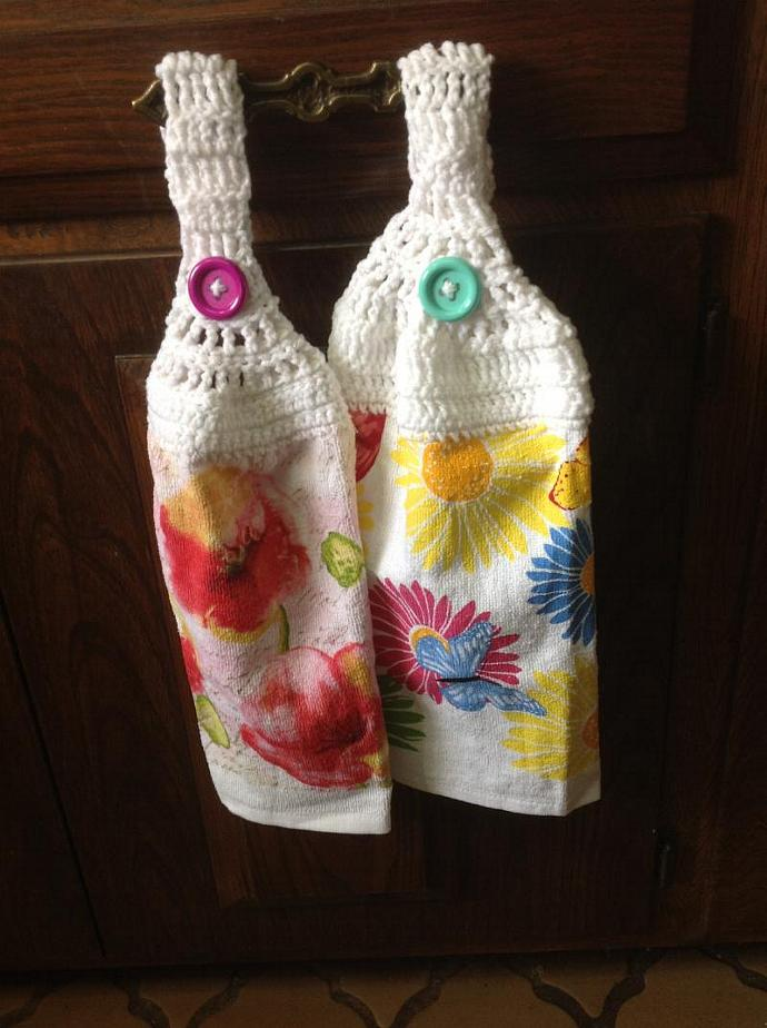 TWO TOWELS WITH SUNFLOWERS & BUTTERFLIES  500-003
