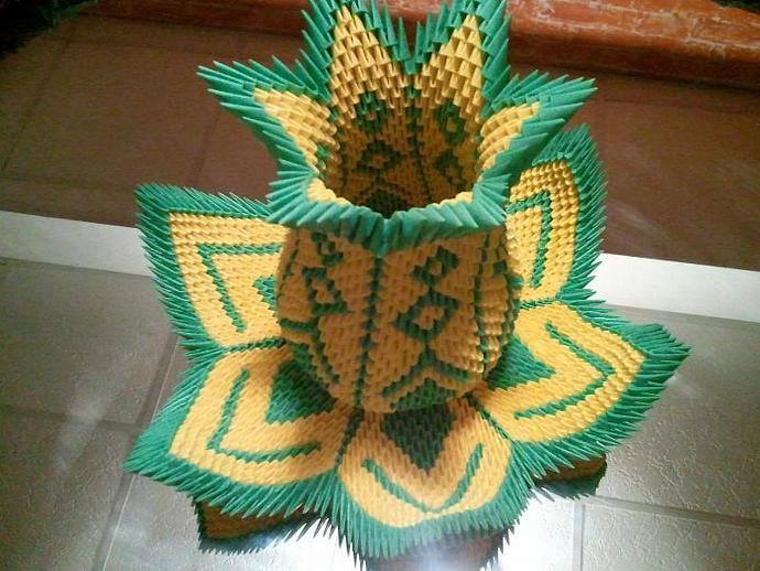 3d Origami Vase Lotus