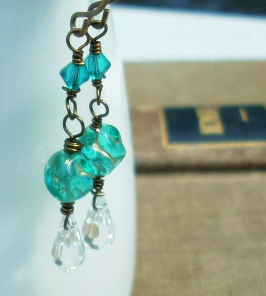Sea Blue Nugget and Crystal Dangle Earrings
