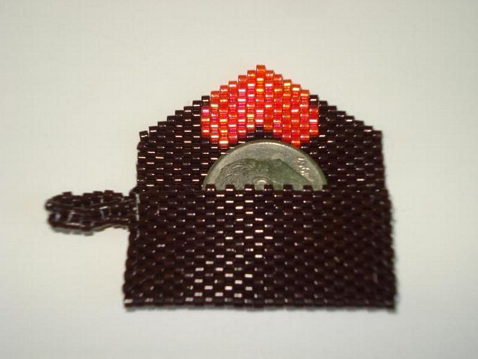 Bead Mini Clutch Pendant - Brown with Heart