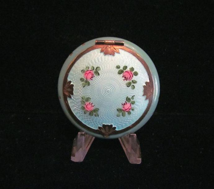 1920's Guilloche Enamel D. F. Briggs Compact Powder Compact Enamel Compact