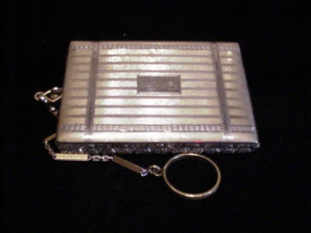 1910 Compact Purse Powder Compact Vintage Compact Dance Purse Finger Ring