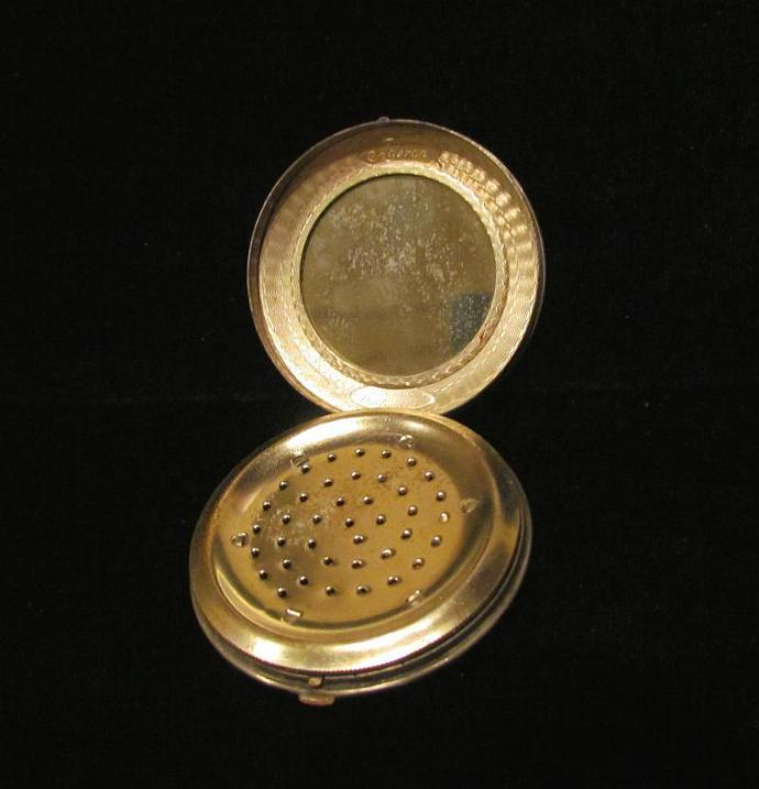 1924 Norida Compact Mirror & Powder Compact Colonial Compact Courting Scene