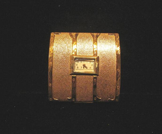 1940's Evans Clock Compact Steamer Trunk Compact Powder Watch Compact RARE