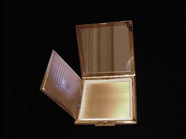 Vintage Elgin American Compact Gold Powerofonedesigns