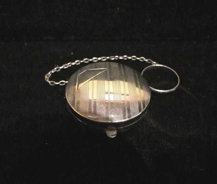 Vintage Sterling Silver Compact Finger Ring Compact 1910 Dance Purse Snuff Box
