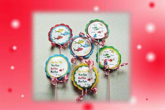 Awe Inspiring Dr Seuss One Fish Two Fish Cupcake Birthday Scrappantry Personalised Birthday Cards Epsylily Jamesorg