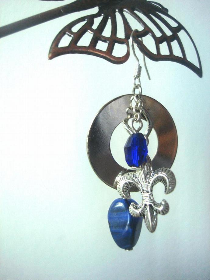 Boucle d'Oreille de la Belle Province / Royal Blue Fleur de Lis  Earrings