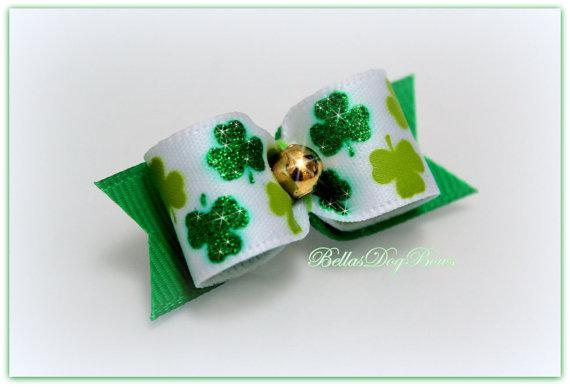 5/8 St. Patty's Day Green Shamrock Glitter Bow -- White Satin w/Green Shamrock