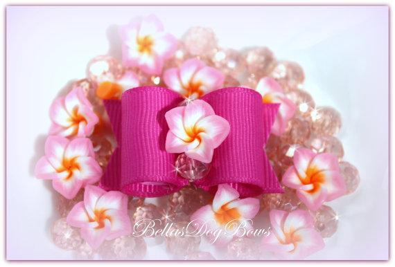 7/8 Fuschia Flower Bow with Matching Flags. Lovely Plumeria Flower and Faceted