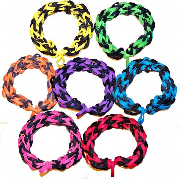 Purple and Black Rubber Band Bracelet - Awesome for Sporting Events,