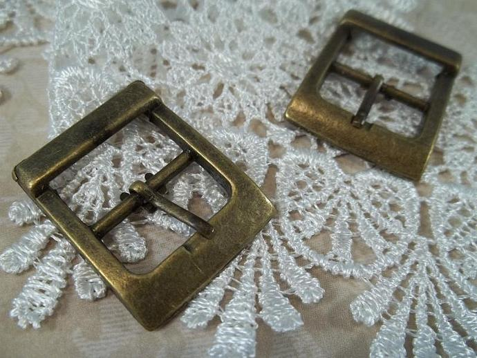 Antique Bronze Buckles (Item #HD268-B)