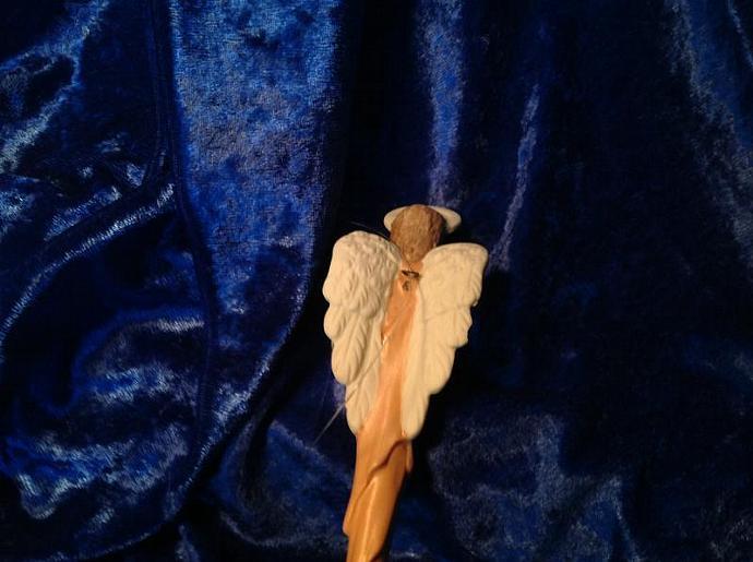 PRAYING ANGEL     750-026