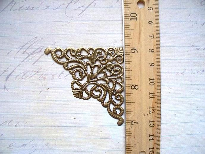 "4pcs 3""X2"" Filigree Corner Atique Bronze (FTB-02)"