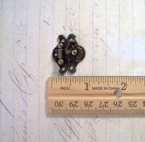 2 sets Antique Bronze Box Closure 23X23mm (BCB-1)