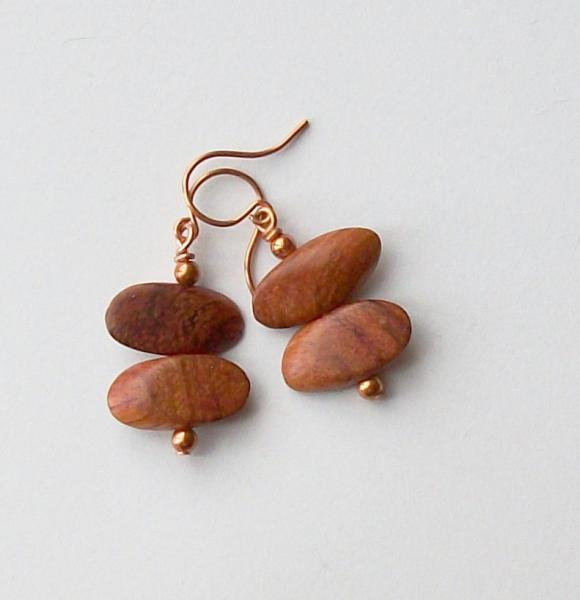 Wood and Stone Leaf Pendant Necklace and Earring Set in Brown and Pink