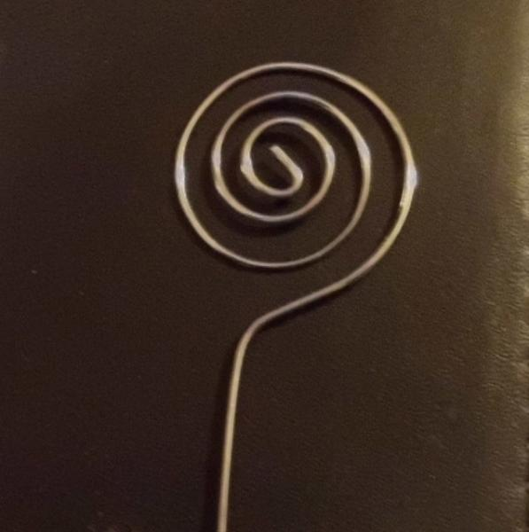 Gold Swirl Wire Card holder with Table Number cards set of 24