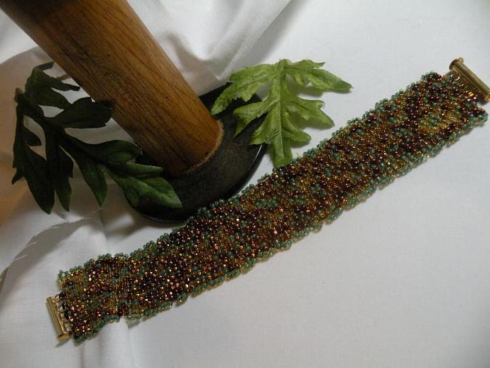 Multi Seed Bead Bracelet Green/Gold/Topaz