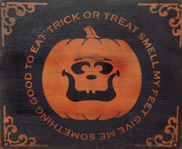 Primitive Halloween Sign Decorations Trick or Treat smell my feet Primitives