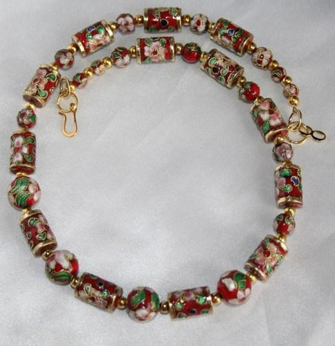 Attractive Red Cloisonne and Gold Beaded Necklace