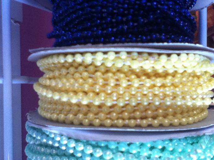 yellow 3mm pearls 3 yard