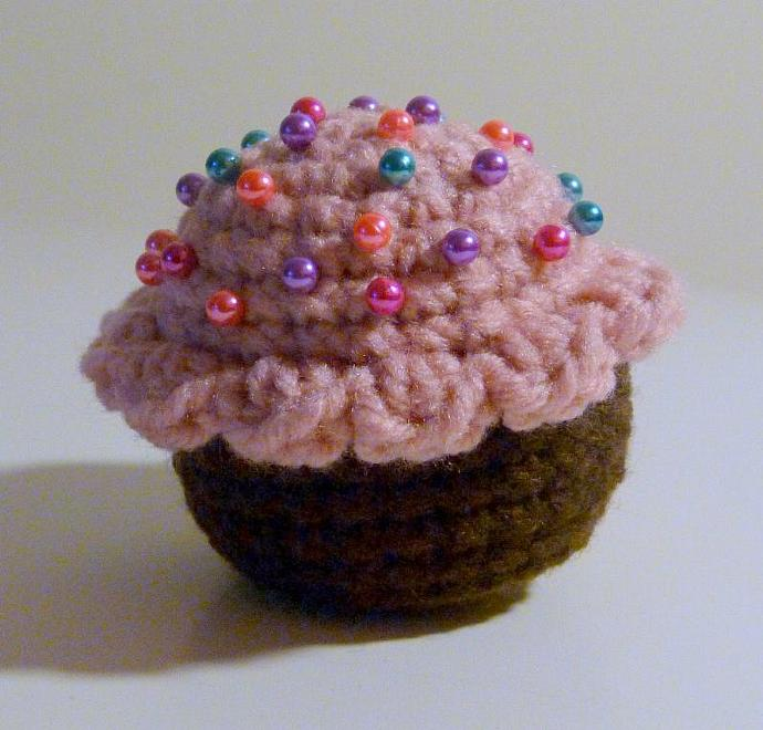 Crochet Cupcake Toy Or Pincushion Pdf Crochet By Hgsdesigns On Zibbet