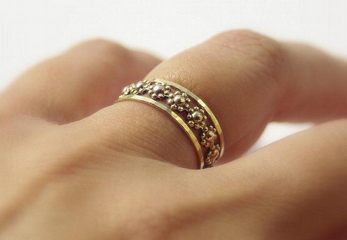 Daisy Chain Floral Romance Gold Filled Stackable Rings Set - Stacking Ring Set
