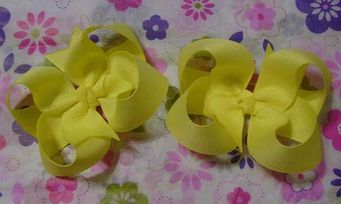 Set of 2 Twisted Boutique Bows