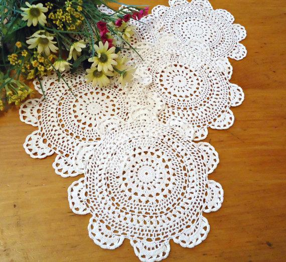 5 Crocheted Doily White Vintage Doilies