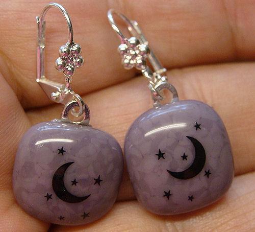Moon n Stars Lilac Silver Daisy leverback Earrings