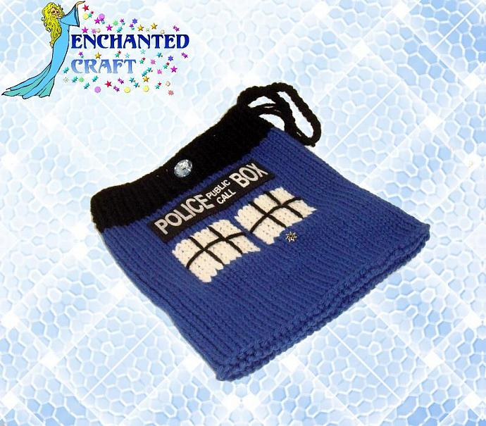 Dr. Who TARDIS knit bag- perfect for kindle, nook or just a purse