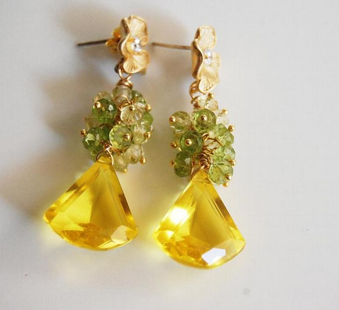 Yellow Quartz Gemstone Cluster Dangle Earrings -Bright Yellow quartz and peridot