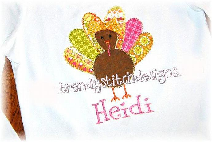Turkey wFeathers Applique machine embroidery design
