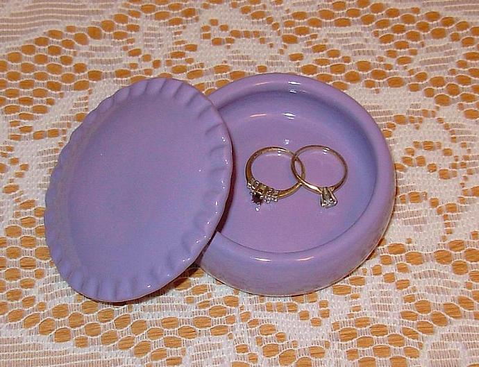 Ceramic Ring Holder / Jewelry Box / Wedding Favor   -   Lilac