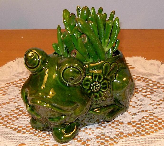 Frog Planter / Scrubby Holder / Pencil Holder  - Green