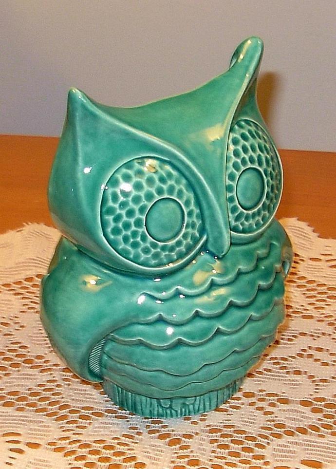 Hootie - Ceramic Owl Planter - Vintage Design  -  Sea Mist Green