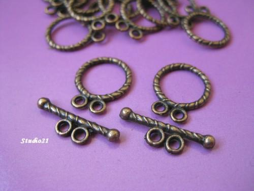 20 sets of Tibetan Red Copper Finish 2-Hole Toggle Clasp