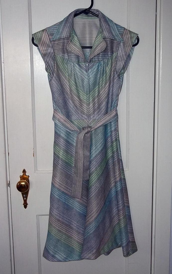 Vintage Petite Chevron Green Blue Purple Dress