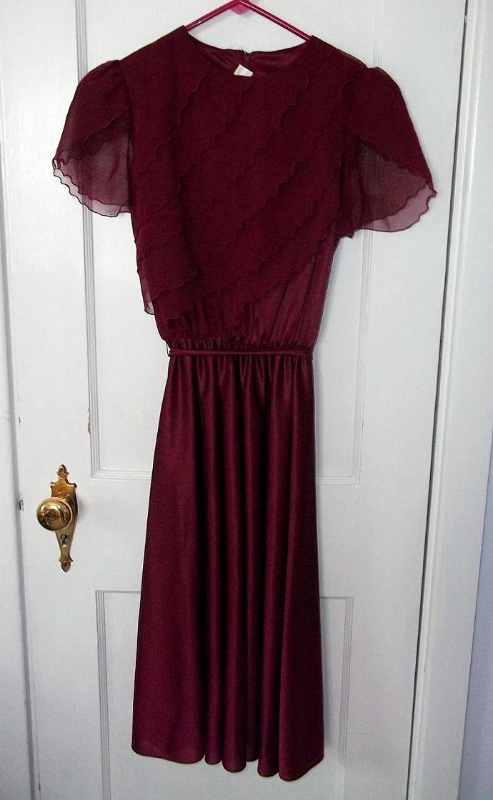 Pretty Vintage Burgundy Chiffon Petal Sleeve Secretary Dress