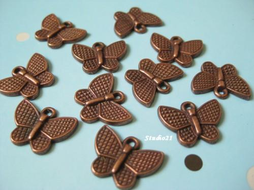 20 pcs of Tibetan Antique Red Copper Finish Butterfly Charm/Pendant