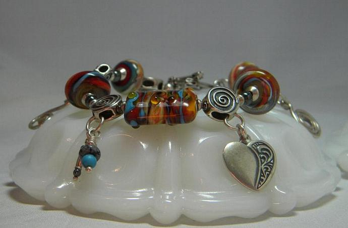 Charm bracelet with lampwork beads