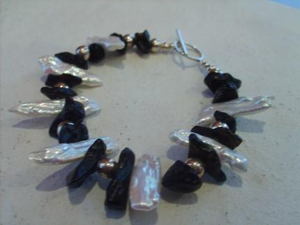 Tektite and Stick Pearl Bracelet