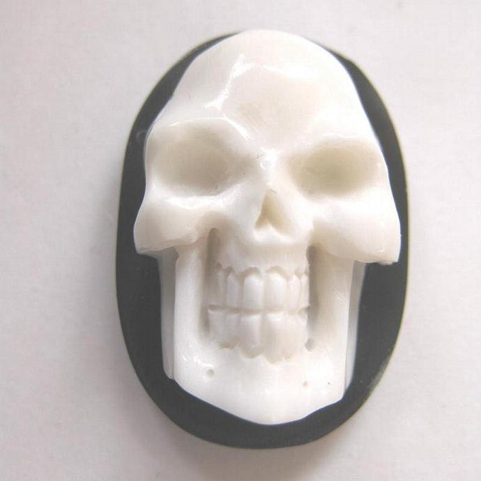 MS Carved Bone Skull  on Horn Cabochon Bali Fair Trade