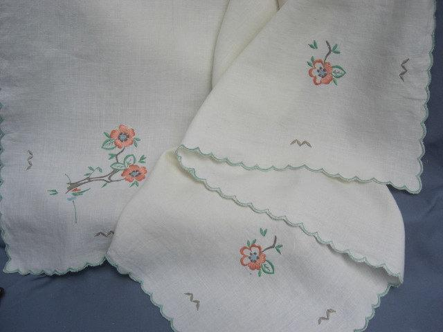 1950s Vintage Linen Table Cloth Green Scallop Edge, Orange Floral  Embroidery