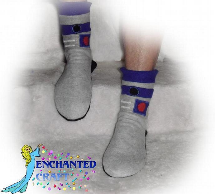 Fleece R2-D2 slipper socks for the Star Wars fan