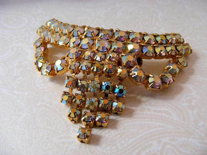 Rhinestone Shoe Clip Aurora Borealis Vintage