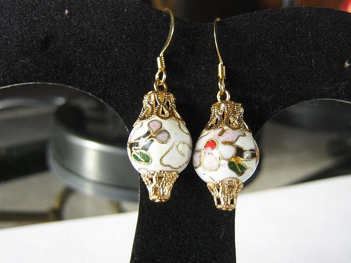 Ornament earrings cloisonne white