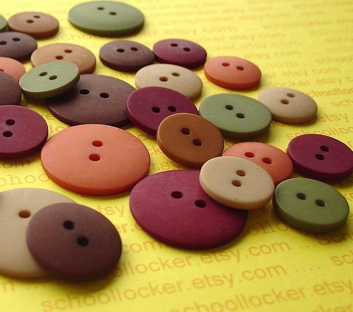 rich naturals button assortment  / 36 pieces / 6 different colors